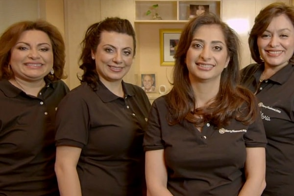 McLean VA Dental Services - Dr. Sherry Kazerooni with her dental team provide the best dentistry in Virginia